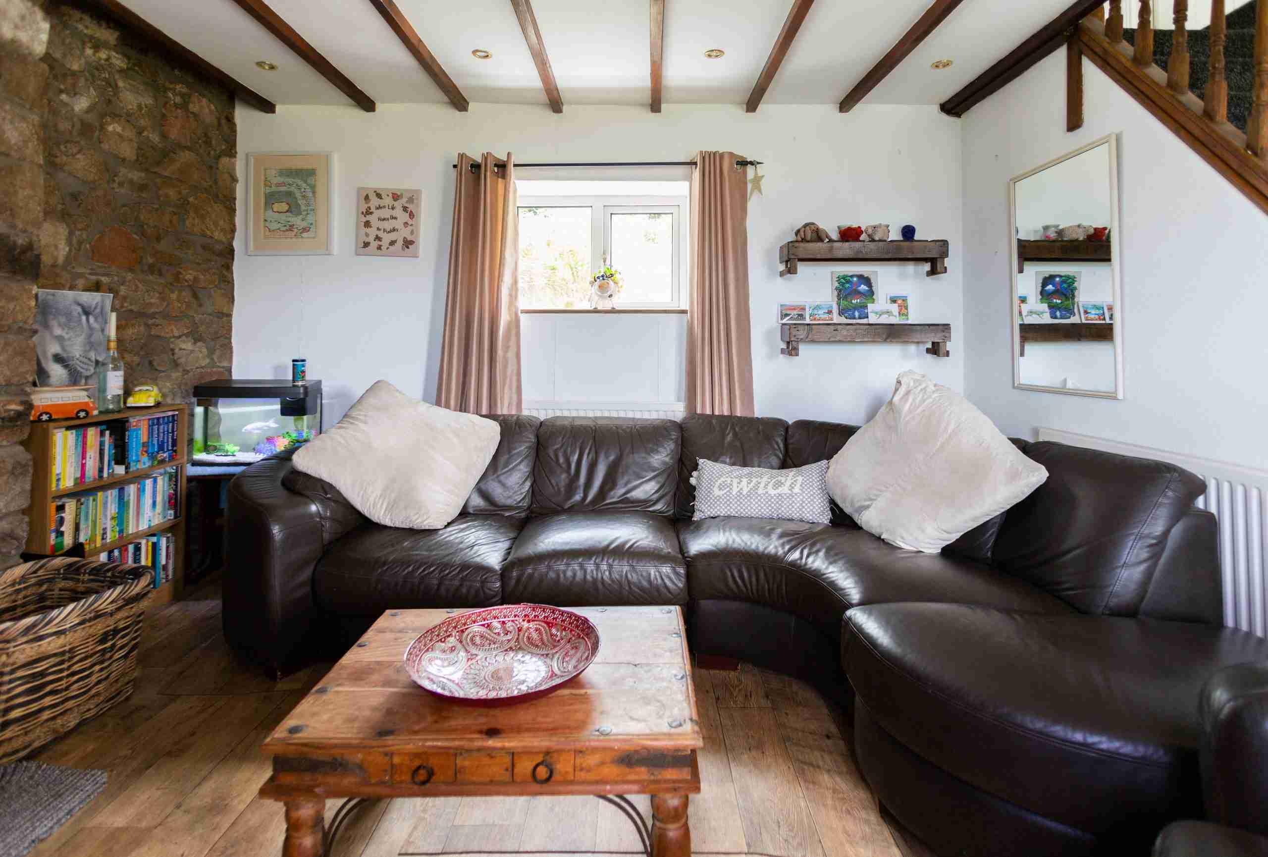 Communal Lounge in Cwtch Farm Accommodation